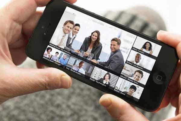ویدئو کنفرانس با موبایل